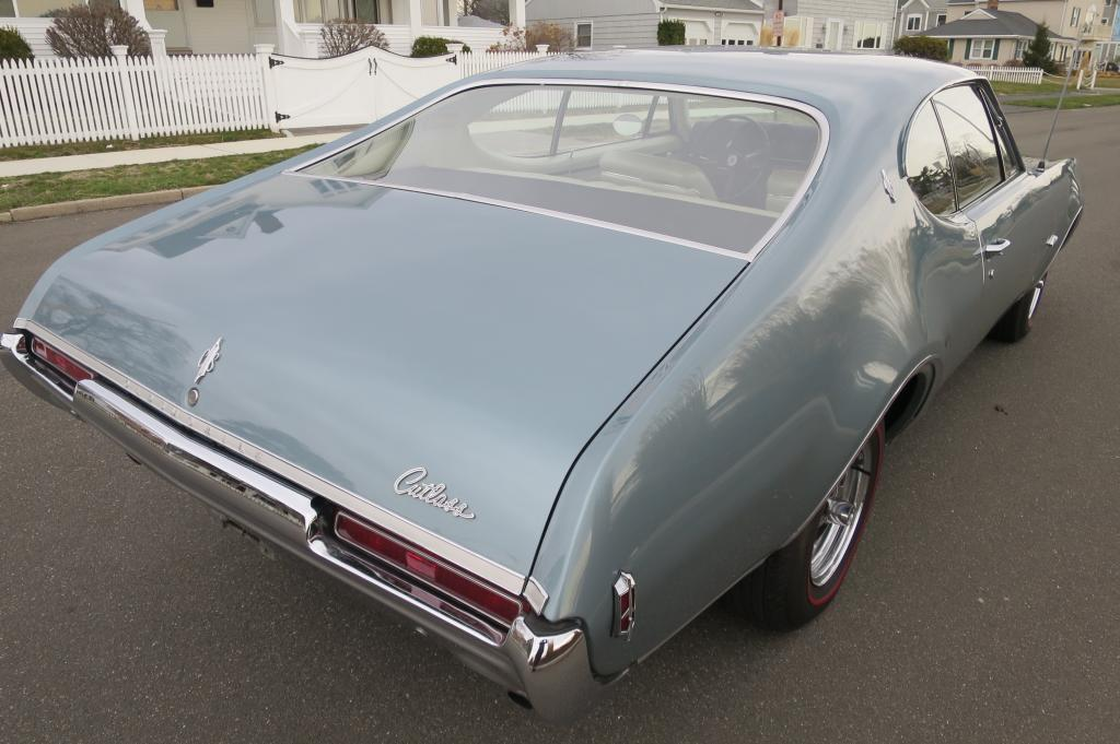 1968 Oldsmobile Cutlass Supreme